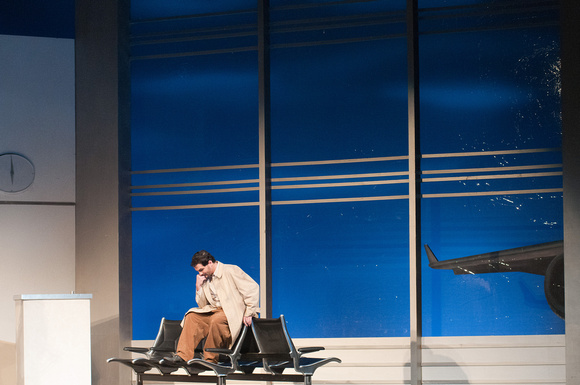 "Jonathan Dove's opera ""Flight"""